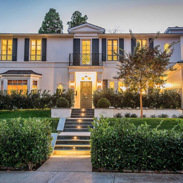 Classic California Georgian Colonial Home Design - Structure Home Los Angeles