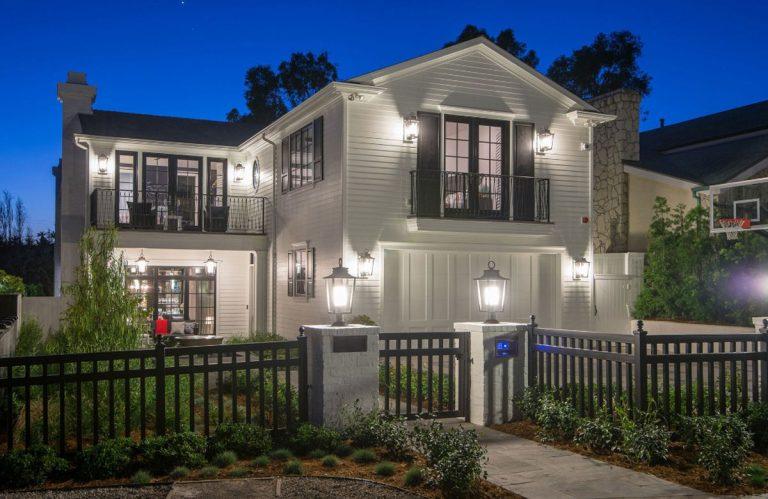 Cape Cod Metropolitan Home Design - Structure Home Los Angeles